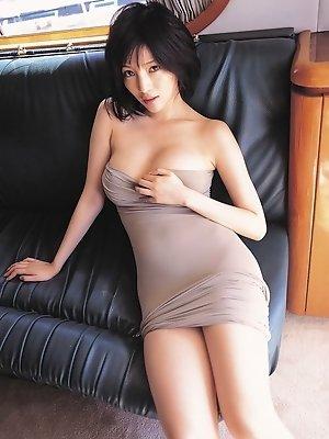 Yuuri Morishita teases with her massive G cup breasts