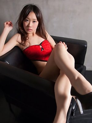Kana Yuuki Asian in heels and red lingerie shows ass in red panty