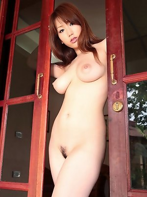 Sensually alluring gravure idol babe looks incredible topless