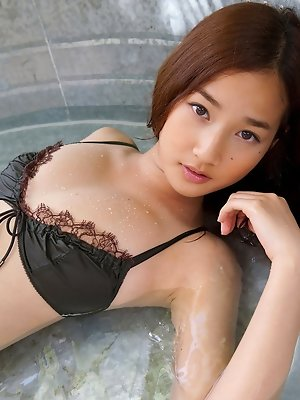 Kaho Takashima Asian loves exposing huge cans in and outdoor